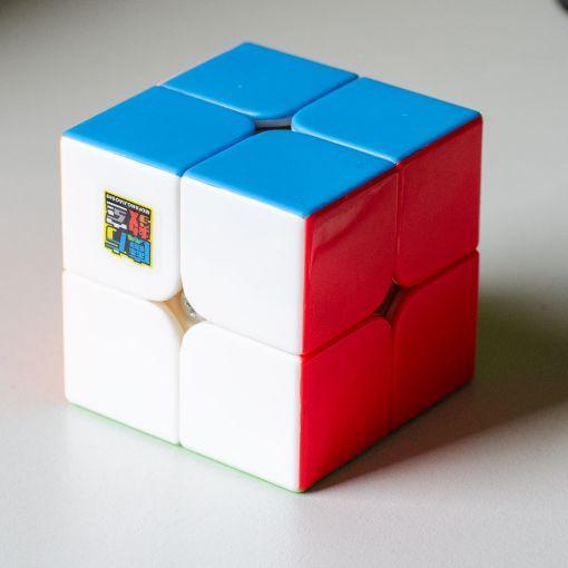 MF2S 2x2 Stickerless kocka