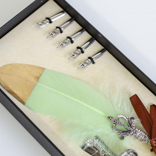 Deluxe Set za Pisanje - Svetlo Zeleno Pero