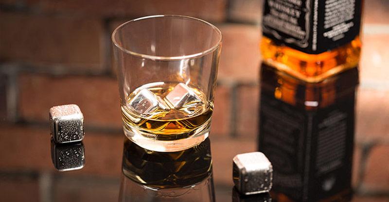 metalne kocke za viski